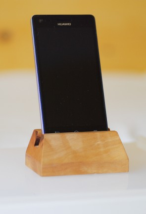 ALBIREO - stojan na mobil, hruška